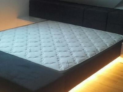 Łóżko 001